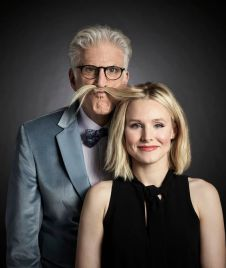 THE GOOD PLACE -- Season: Pilot -- Pictured: (l-r) Ted Danson as Michael, Kristen Bell as Eleanor -- (Photo by: Robert Trachtenberg/NBC)