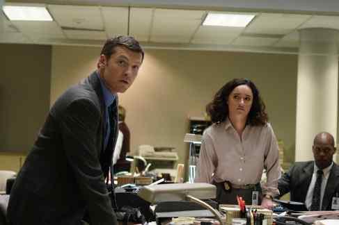Sam Worthington as Jim Fitzgerald and Keisha Castle-Hughes as Tabby Milgrim.